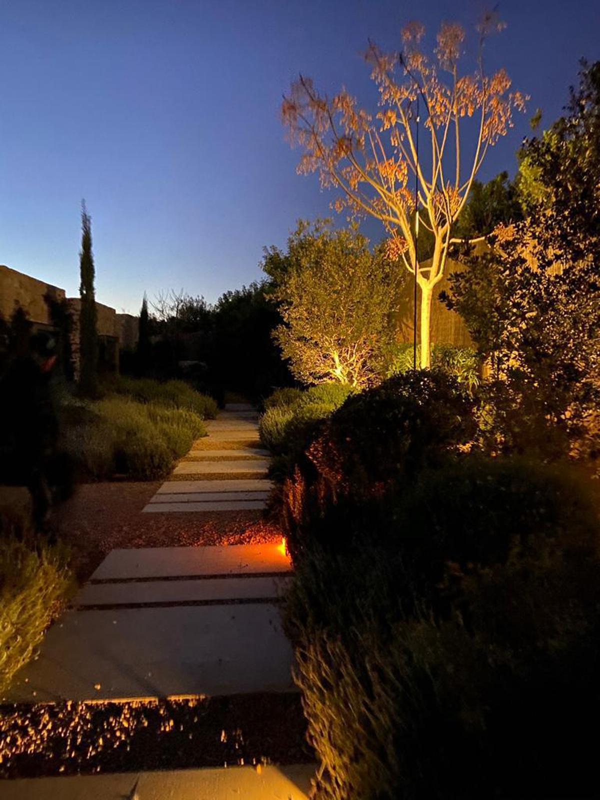 Iluminación exterior residencial