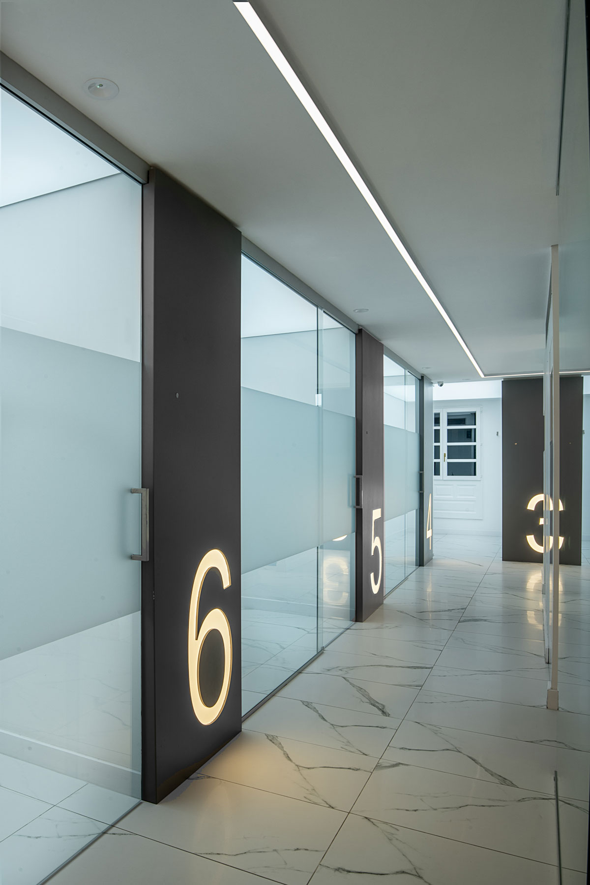 Iluminación Clínica Nores Maraba Studio