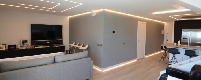 Lighting solutions for passing spaces